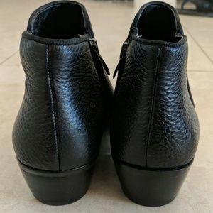 Sam Edelman Shoes - Sam Edelman | Petty Black Ankle Bootie | Size 9.5